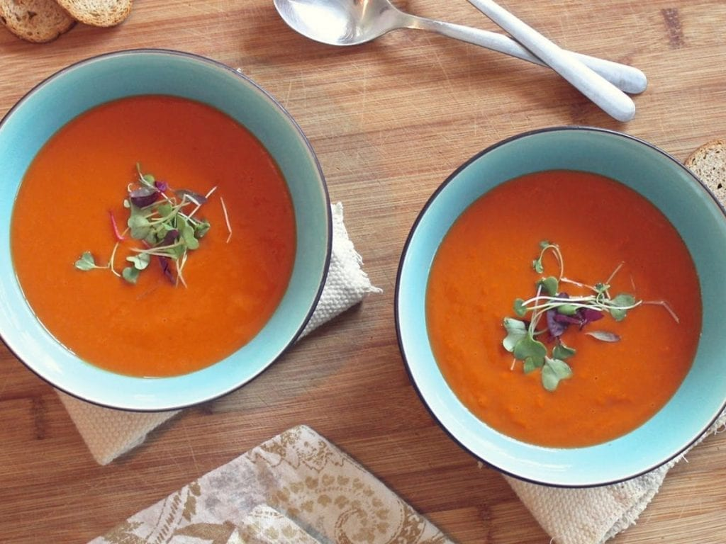 Ganzheitlich Ernährungsberatung Freiburg Tomatensuppe -
